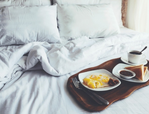 Make Mom's Day with Breakfast in Bed